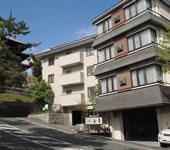奈良 猿沢池前 旅館 江泉の写真